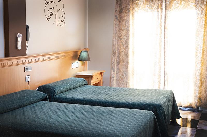 Habitación Hotel El Cruce
