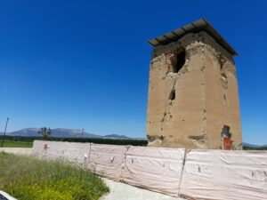 Torre de Romilla en la Vega de Granada